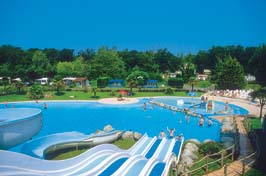 Le Ruisseau - Just one of the great holiday parks in Aquitaine, France