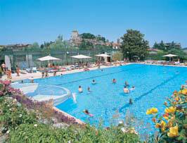 Parco delle piscine eurocamp in tuscany for Camping parco delle piscine sarteano
