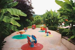 Le Paradis - Holiday Park in St Leon, Aquitaine, France