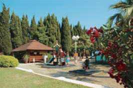 L'Etoile d'Argens - Just one of the great holiday parks in Provence Cote d'Azur, France