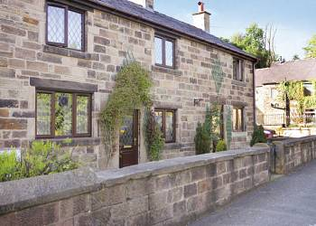 Two Dales Cottages - Holiday Park in Matlock, Derbyshire, England