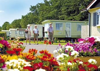 Seadown Park - Holiday Park in Charmouth, Dorset, England