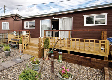 Evening Glory - Holiday Park in Brundall, Norfolk, England