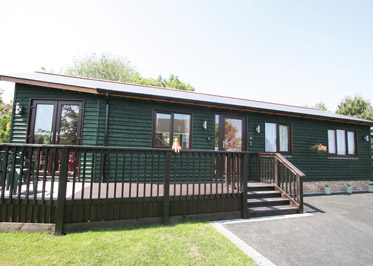 Jonswood - Holiday Park in Watchfield, Somerset, England