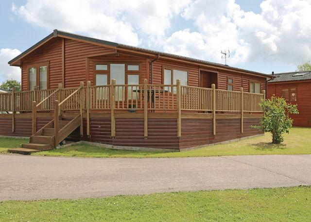 Carlton Meres Country Park - Holiday Park in Saxmundham, Suffolk, England
