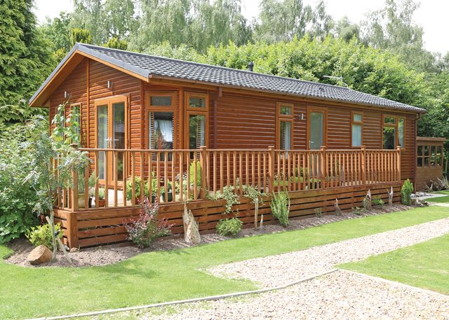 Haveringland Hall - Holiday Park in Cawston Norwich, Norfolk, England