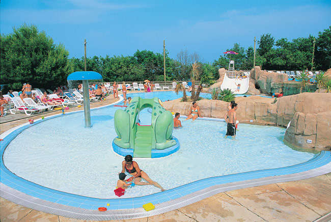 Bois de Valmarie - Just one of the great holiday parks in Languedoc Roussillon, France