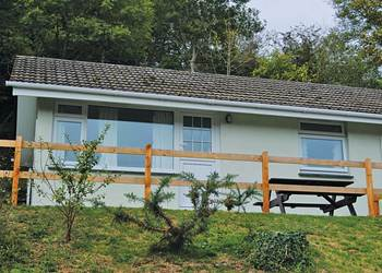 Perranporth Bungalows - Holiday Park in Perranporth, Cornwall, England