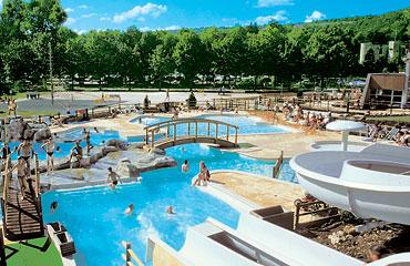 Domaine de Chalain - Holiday Park in Lac de Chalain, Franche-Comte, France