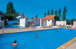 La Bien Assise - Holiday Park in Guines, Picardy, France