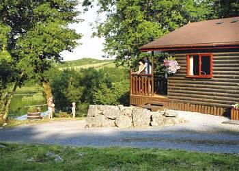 Garnffrwd Park - Holiday Park in Pontyberem, Carmarthenshire, Wales