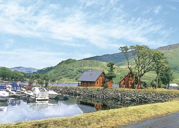 Ardlui Lodges - Holiday Park in Loch Lomond, Argyll-and-Bute, Scotland