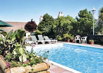 Uplands Apartments - Holiday Park in St Helier, Jersey, England