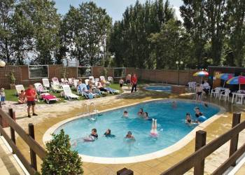 Warden Springs - Holiday Park in Isle of Sheppey, Kent, England