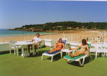 Beau Rivage Apartments - Holiday Park in St Brelade, Jersey, England