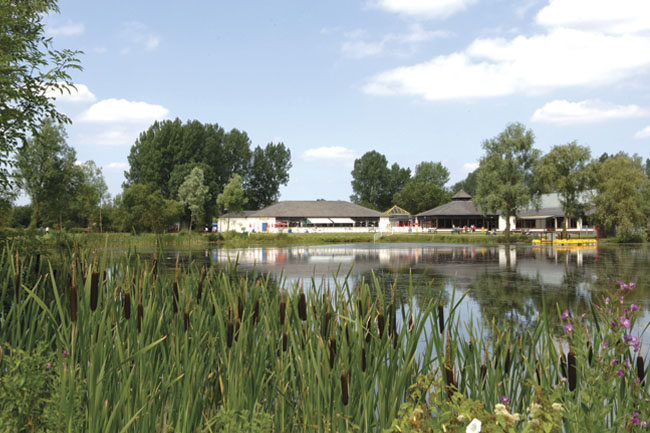 Hoburne Cotswold - Holiday Park in Cirencester, Gloucestershire, England