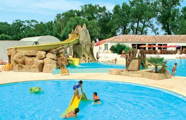 Camping la Yole - Holiday Park in St Jean de Monts, Loire, France