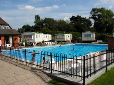 Yew Tree Park - Holiday Park in Canterbury, Kent, England