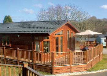 Hilton Woods Lodges - Holiday Park in Whitstone, Cornwall, England