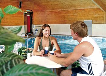 Broadland Holiday Village - Holiday Park in Oulton Broad, Suffolk, England