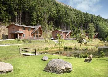 Penvale Lake Lodges - Holiday Park in Llangollen, Denbighshire, Wales