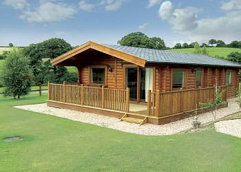 Dartmoor Edge Lodges - Holiday Park in Exeter, Devon, England