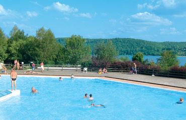 Camping la Pergola - Holiday Park in Lac de Chalain, Franche-Comte, France