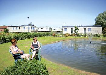 Carlton Meres Country Park - Holiday Lodges in Saxmundham, Suffolk, England
