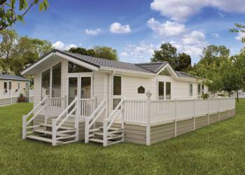 Tattershall Lakes Country Park - Holiday Park in Tattershall, Lincolnshire, England
