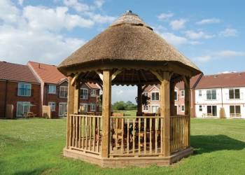 Lakeview Cottages - Holiday Park in Bridgwater, Somerset, England