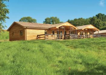 New Forest Lodges - Holiday Park in Cranborne, Dorset, England