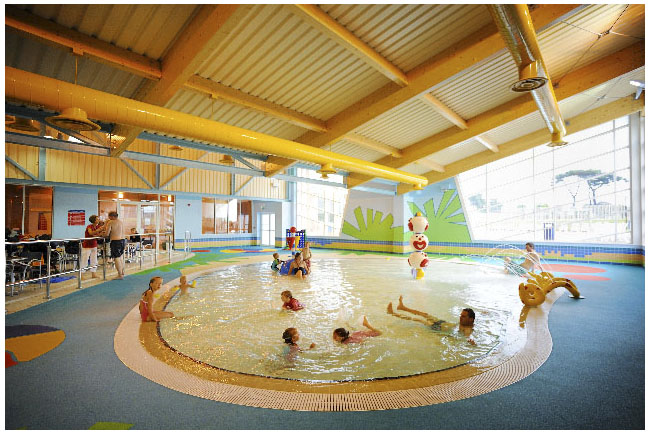 Hoburne naish in hampshire - Campsites in dorset with swimming pools ...