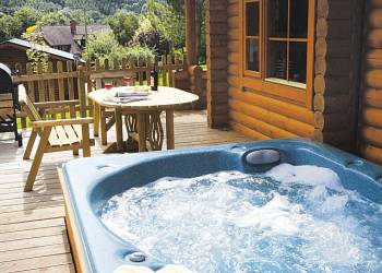 Aymestrey Lodges - Holiday Park in Leominster, Herefordshire, England