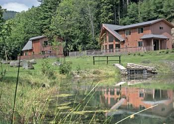 Penvale Lake Lodges