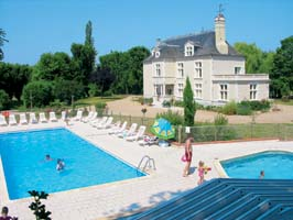 Le Chateau des Marais - Eurocamp - Just one of the great campsites in Loire, France