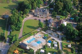 Chateau de Drancourt - Holiday Park in St Valery, Picardy, France