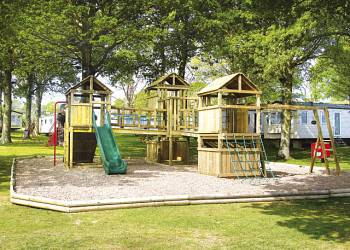 Cheverton Copse - Holiday Park in Sandown, Isle-of-Wight, England