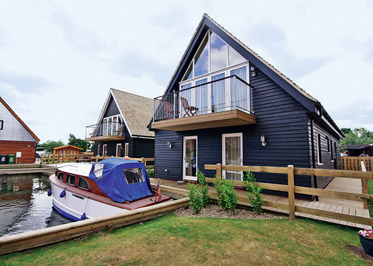 Wherrymere - Holiday Lodges in Horning, Norfolk, England