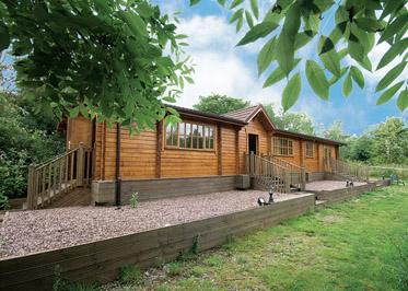 Waterside Lodge - Holiday Lodges in Hamstel Ridware, Staffordshire, England