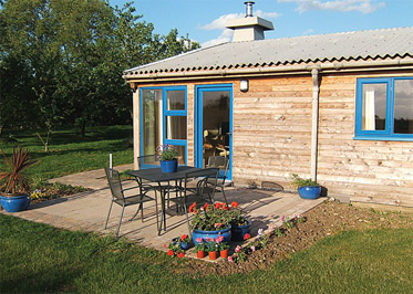 Oxfootstone Granary - Holiday Lodges in South Lopham, Norfolk, England