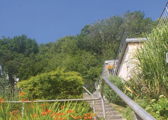 Black Rock Beach Resort - Holiday Park in Millendreath Looe, Cornwall, England