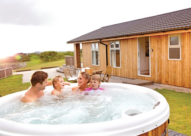 Caddys Corner Lodges - Holiday Park in Carnmenellis, Cornwall, England