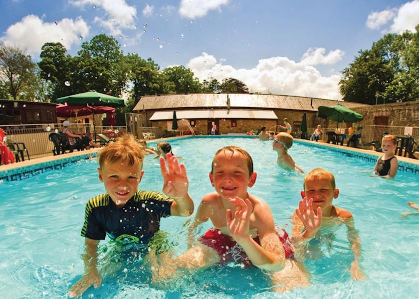 Grondre Holiday Park - Holiday Park in Narberth, Pembrokeshire, Wales