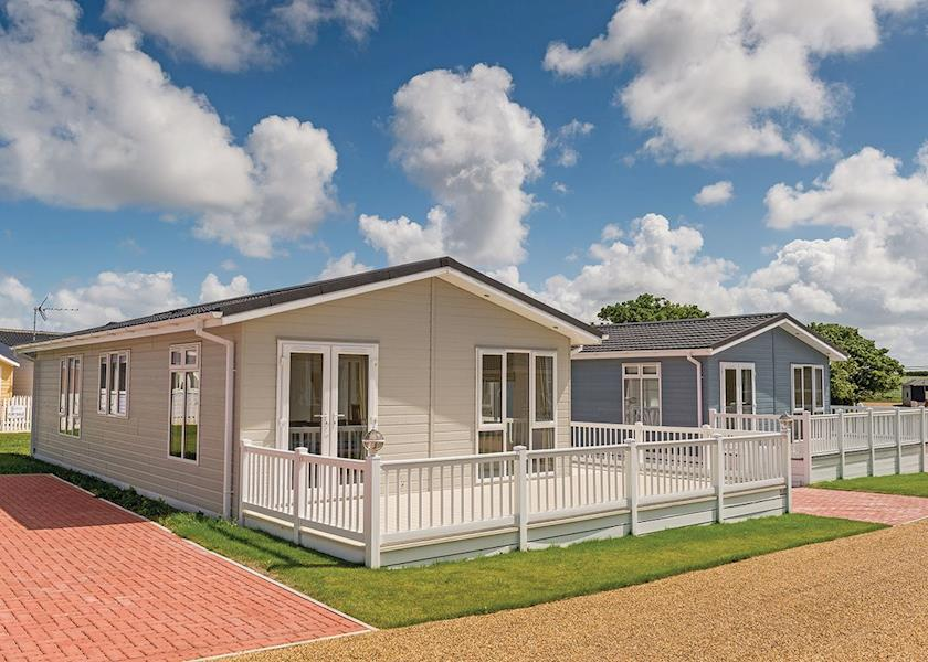 Mundesley Holiday Village - Holiday Park in Mundesley, Norfolk, England