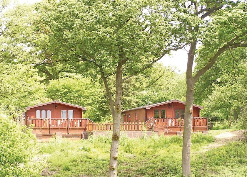 Pine Lodges At Arscott Golf Club - Holiday Park in Shrewsbury, Shropshire, England