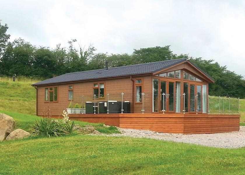Redwell Lakes Lodges - Holiday Park in Carnforth, Lancashire, England