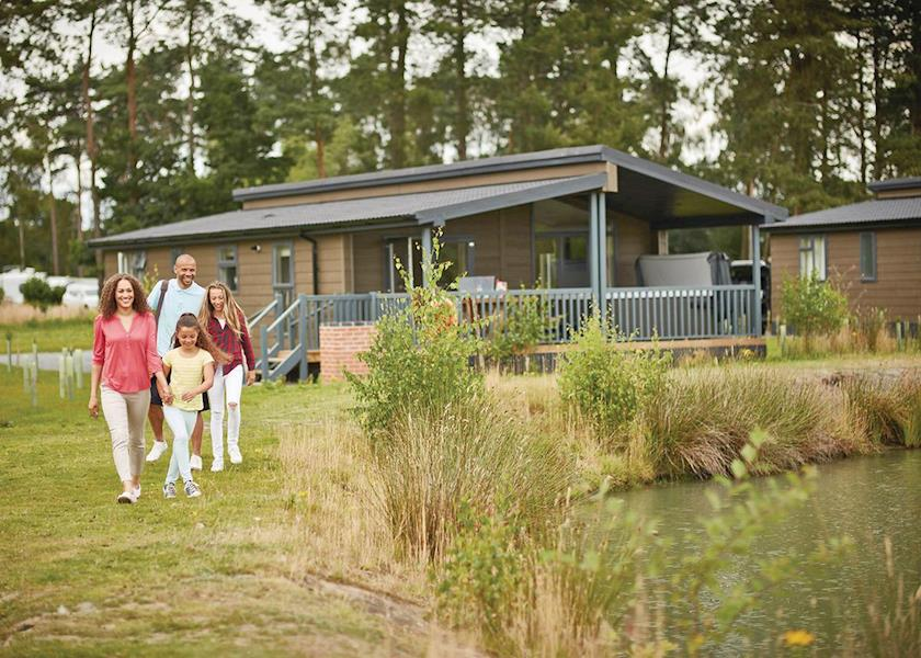 Woodhall Country Park Lodges - Holiday Park in Woodhall Spa, Lincolnshire, England