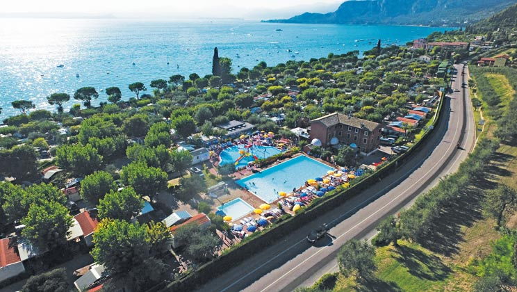 Campsite Serenella - Holiday Lodges in Bardolino, Veneto, Italy