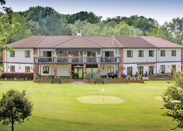 The Manor Resort - Holiday Park in Laceby, Lincolnshire, England