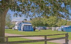 Greenhills Holiday Park - Holiday Park in Bakewell, Derbyshire, England